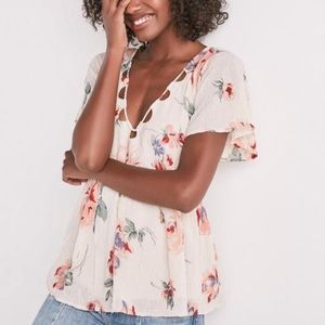 Lucky Brand Floral Flutter Sleeve Baby Doll Top